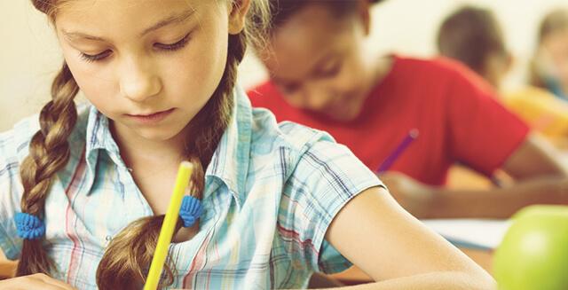 Mission Bambini organizza doposcuola e attività culturali per evitare l'abbandono scolastico.