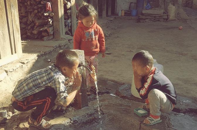 Health Us Nepal aiuta la area di Humla con assistenza sanitaria.