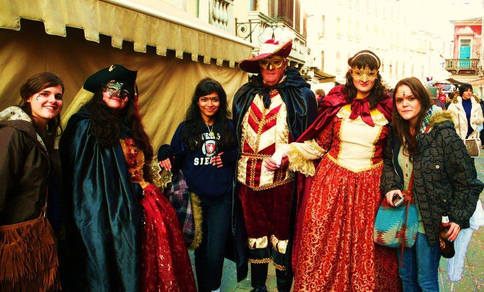 As máscaras são o símbolo do Carnaval de Veneza.