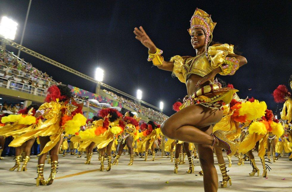 El baile es el eje central en los carnavales de Brasil
