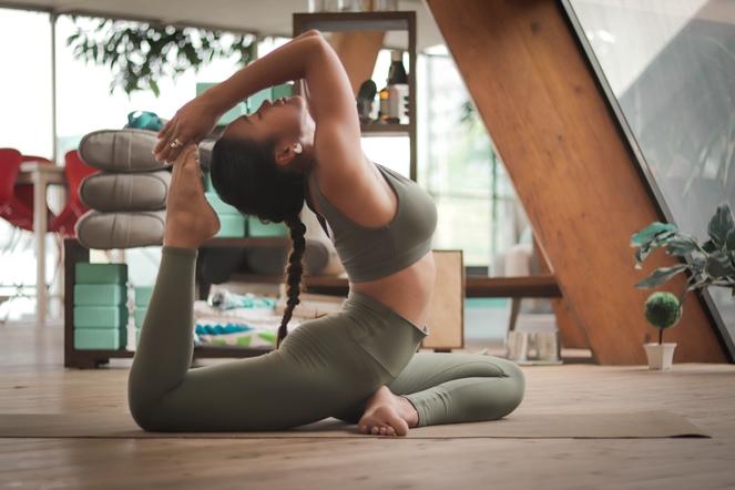 ¿Qué impacto tiene el yoga en tu cuerpo y en tu mente?
